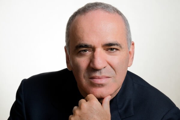 Garry Kasparov Profile Photo